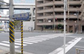 横浜の弁護士 横浜よつば法律税務事務所への神奈川駅からの道順3