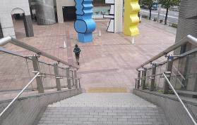 横浜の弁護士 横浜よつば法律税務事務所への横浜駅からの道順9