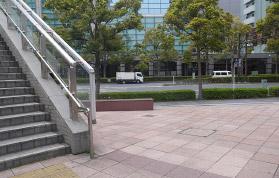 横浜の弁護士 横浜よつば法律税務事務所への横浜駅からの道順10